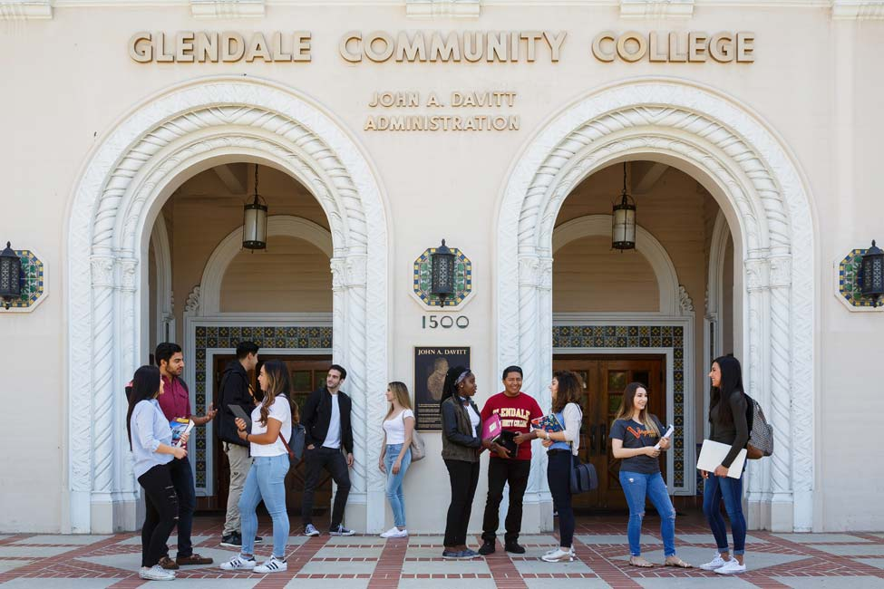 Glendale Community College sponsored listing logo