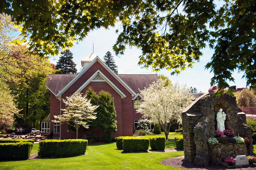 Marianapolis Preparatory School  main image