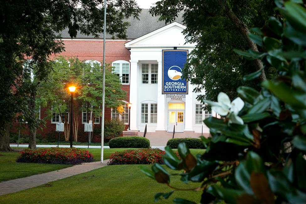 Georgia Southern University English Language Program main image