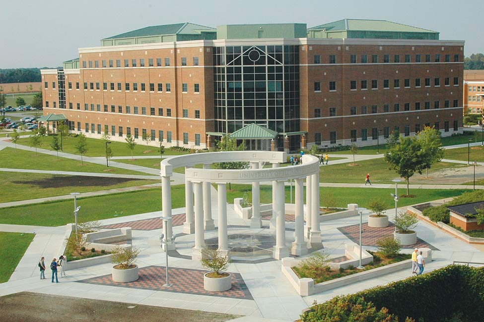 University of Illinois, Springfield (Intensive English Program)  main image