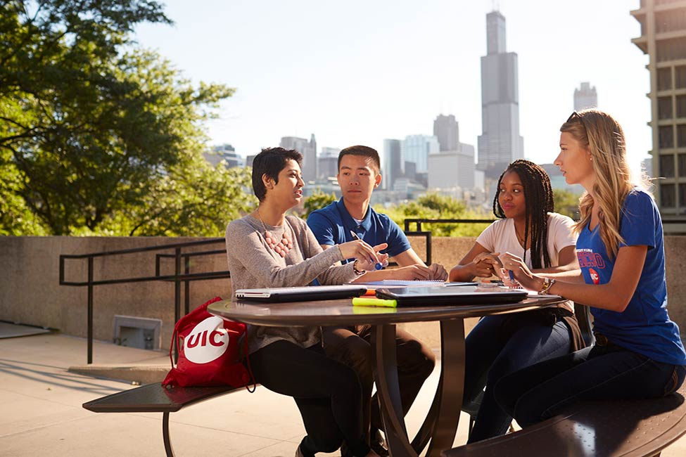 Đại học Illinois ở Chicago sponsored listing logo