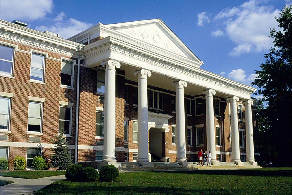 University of Indianapolis Undergraduate International Admissions main image