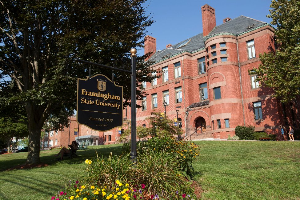 Framingham State University  main image