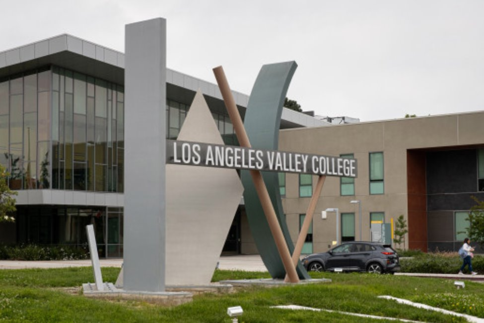Los Angeles Valley College  gallery image1